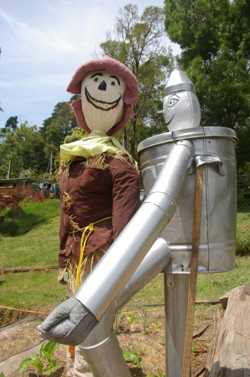 School vegetable gardens - Children At St Peters Parish Primary Made Scarecrows To Protect Their Vegetable Gardens